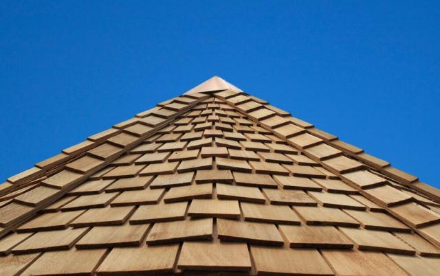 wood-shingle-roof-2